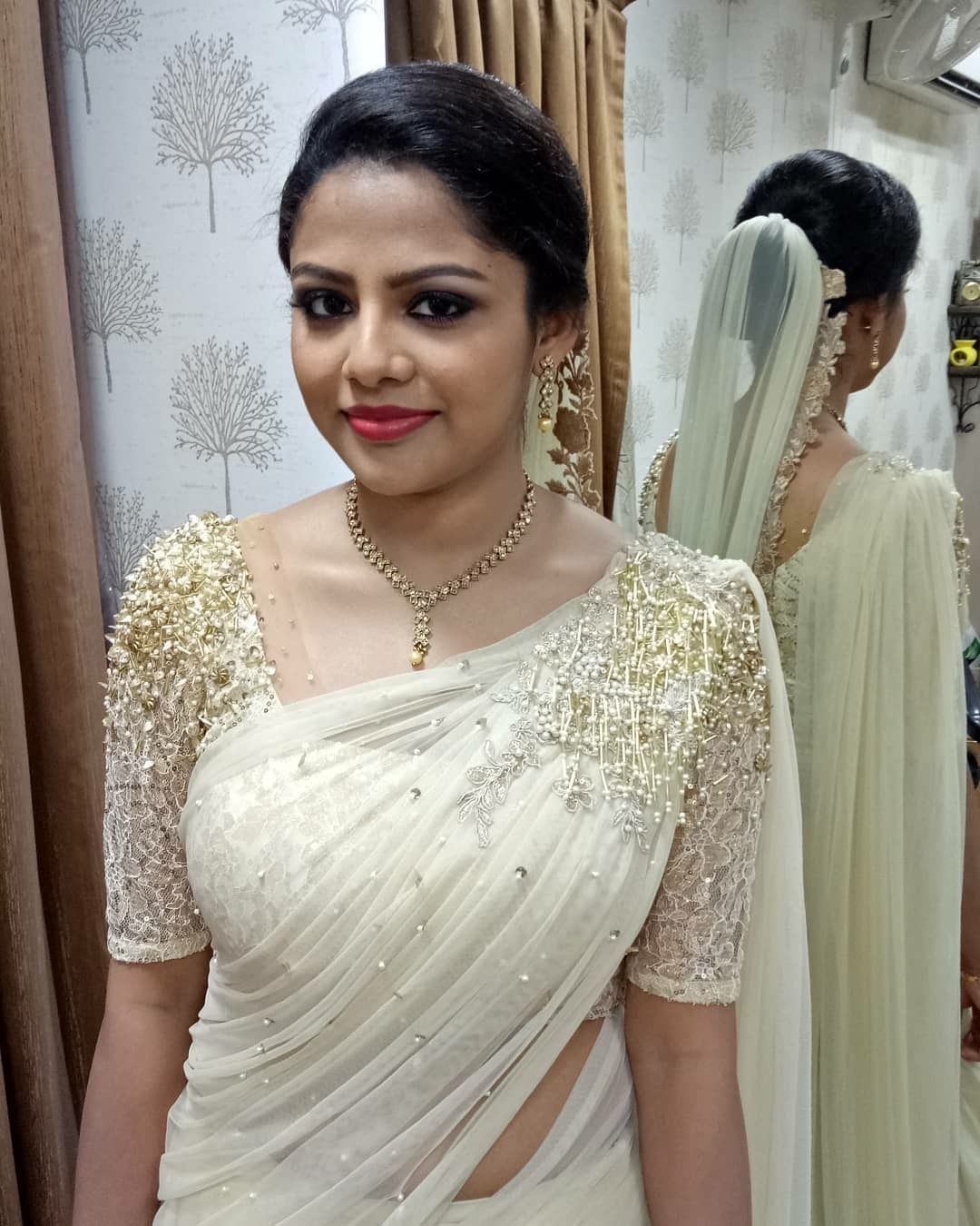 Christian Wedding White Gown: Pin By Reshma Santhosh On Fashion In 2019