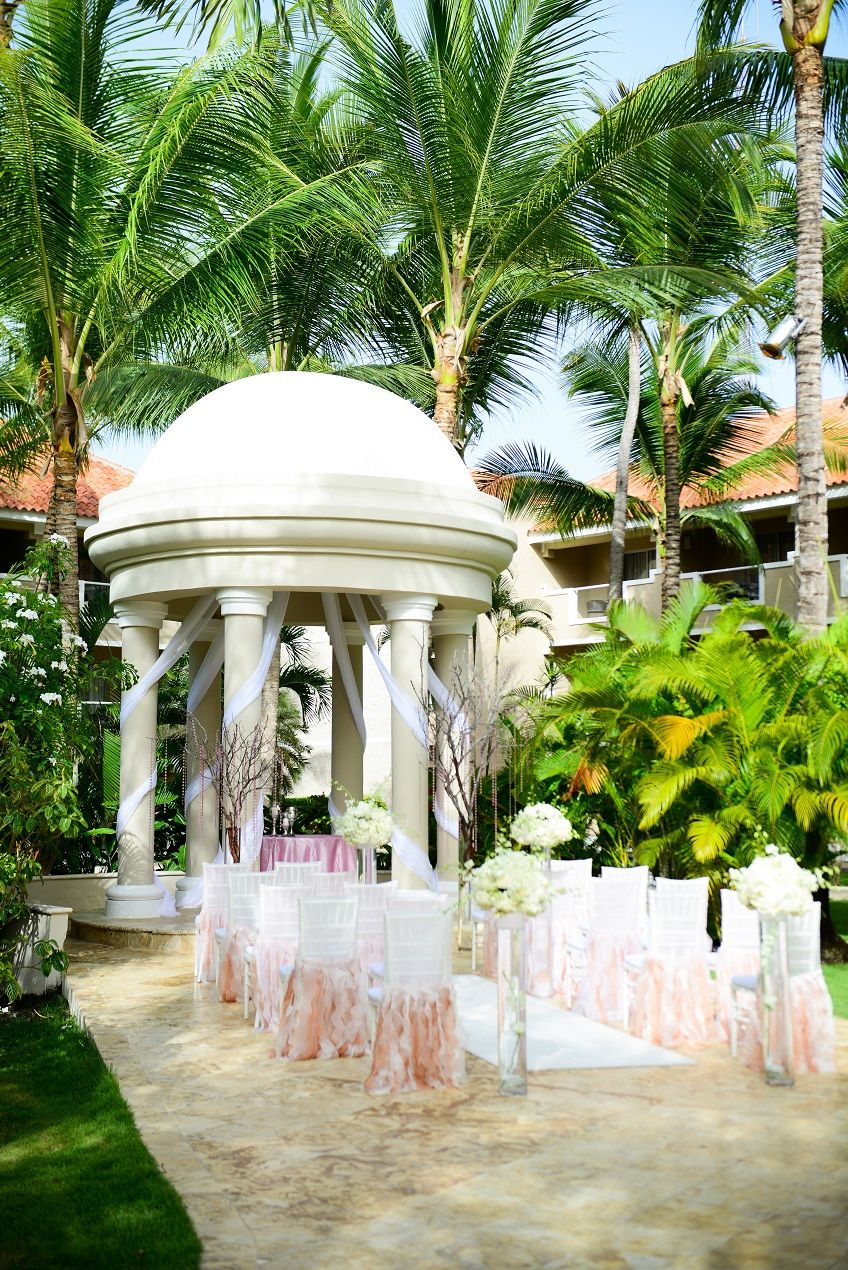 The Garden Gazebo can seat up to 80 guests for your ceremony ...