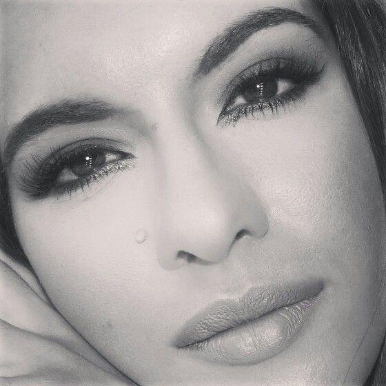 Esfumado azul vê o tutorial @ http://makeupbyritalopes.blogspot.pt/?m=1