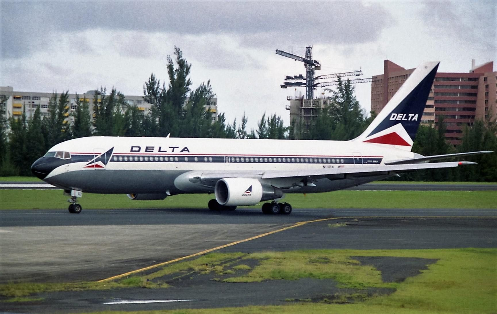 Delta airlines boeing 767 232er all things aviation commercial delta airlines boeing 767 232er publicscrutiny Gallery