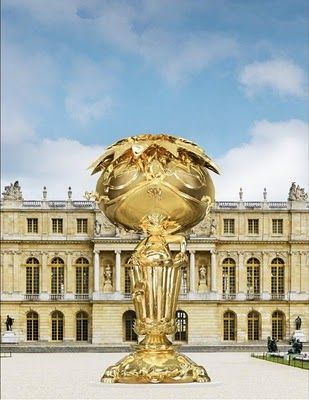 Murakami at the Versailles Palace