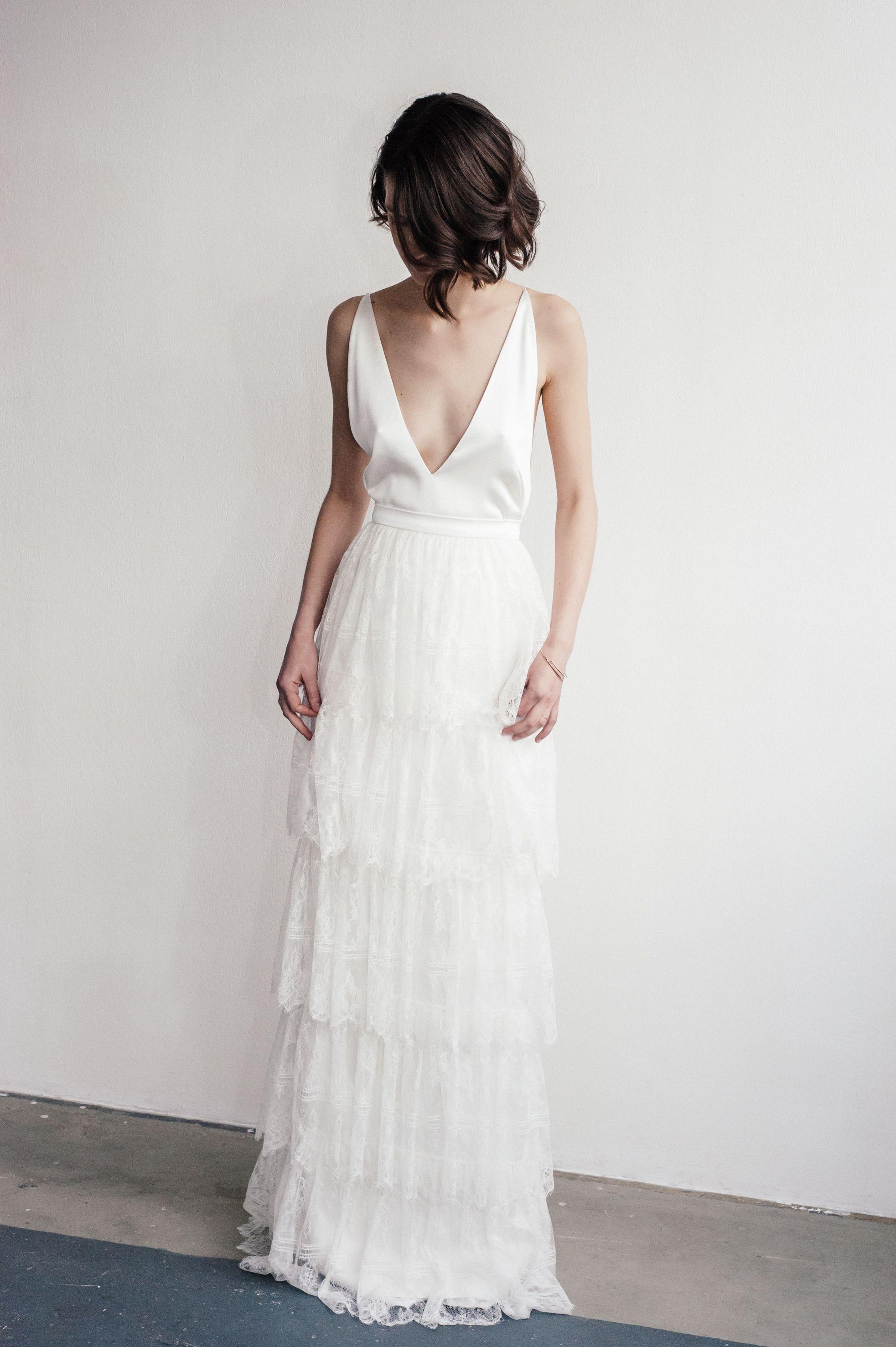 Lilly Ingenhoven Bridal - Dieses bodenlange, elegante Brautkleid