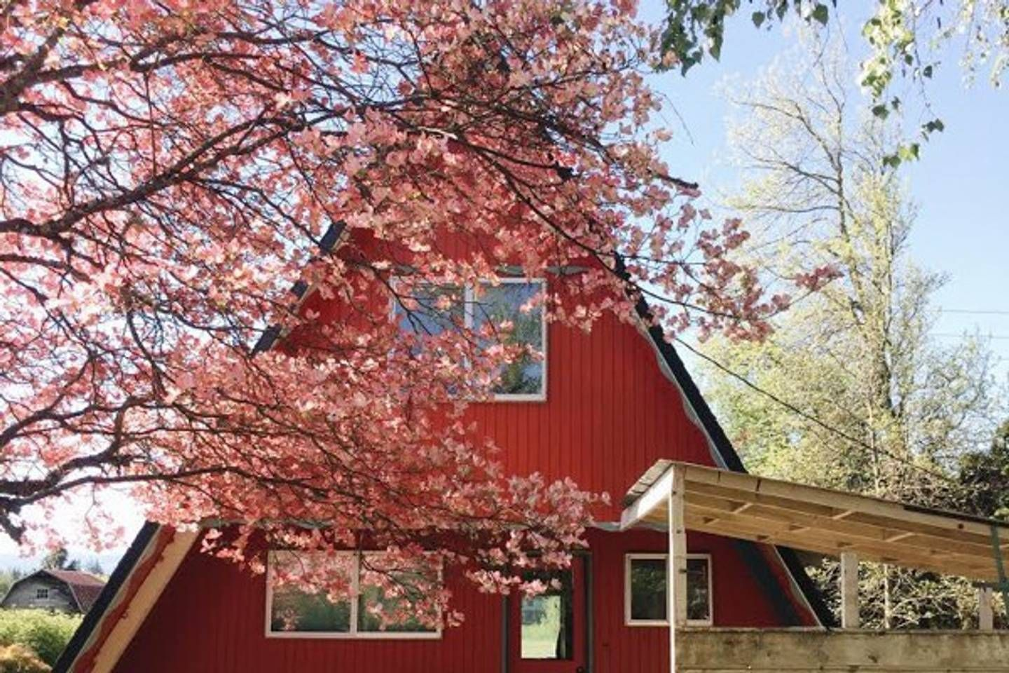 Red A Frame Cabins For Rent In Hood River Oregon United States
