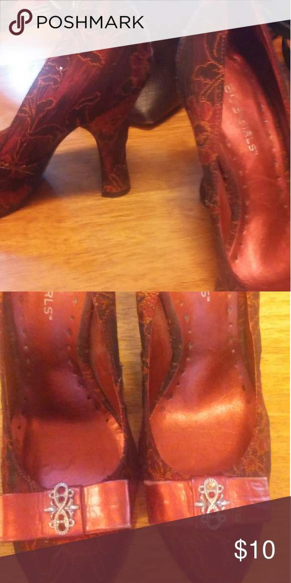 Beautiful BCB girls heals Beautiful red high heel pumps with bows a d jewels and toes..please note in 2nd picture 1 red jewel is missing so they'll be very cheap BCB Girls Shoes Heels