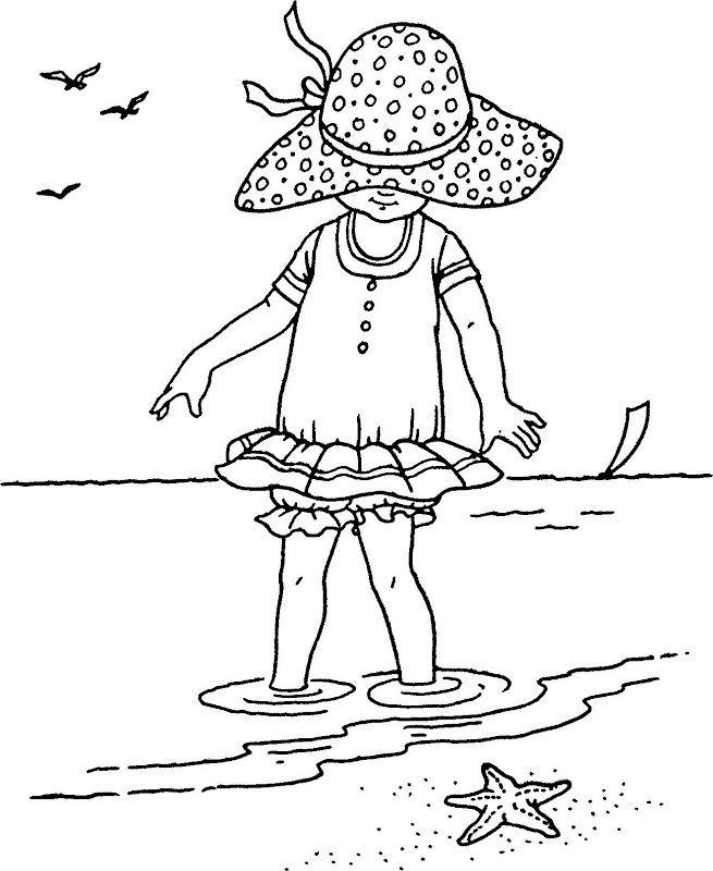 Cute child on the beach | bordar | Bordado, Moldes y Bordado a mano