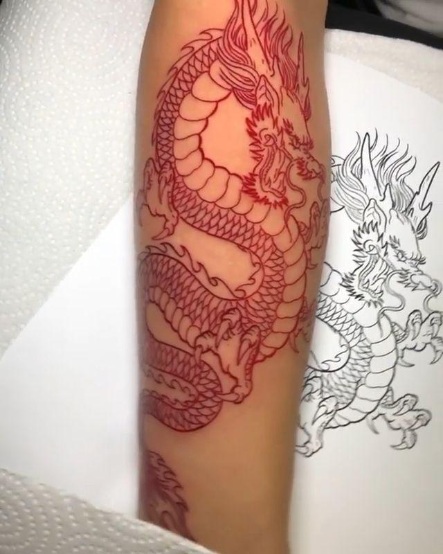 Lower Back Tattoos Dragon Tattoo For Women Thighs Traditional Dragon Tattoo Dragon Tattoo Drawing Small Chine In 2020 Tattoos Dragon Tattoo For Women Dragon Tattoo