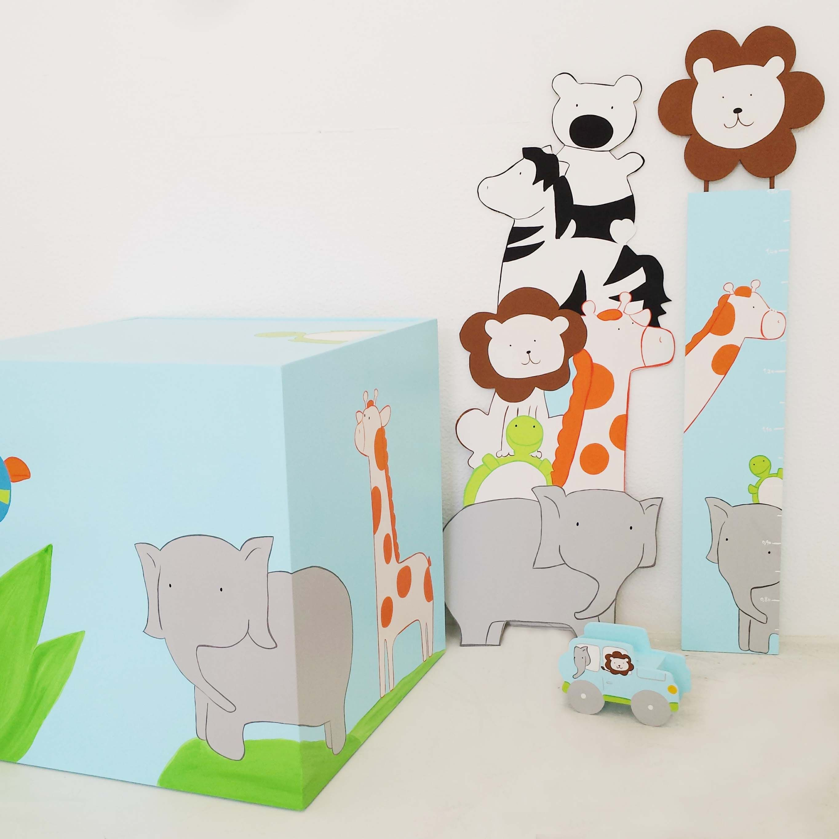 Henrique's jungle little pals. - by Cristiana Resina