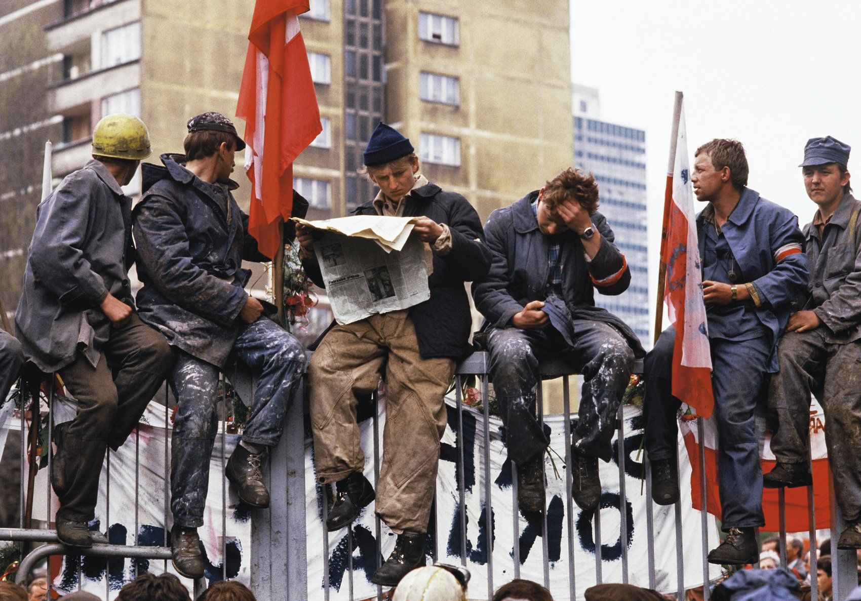 The Communist Regime In Poland In 10 Astonishing Pictures Article Culture Pl Poland East Europe Polish Government