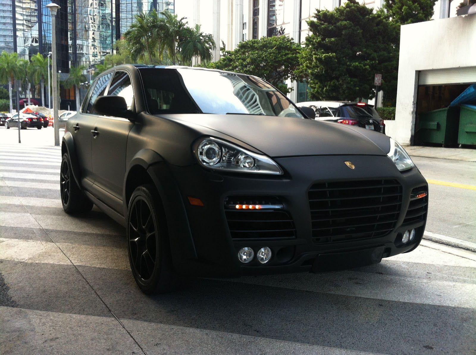 Awesome porsche cayenne 2013 black car images hd matte black porsche cayenne turbo with body kit black rims