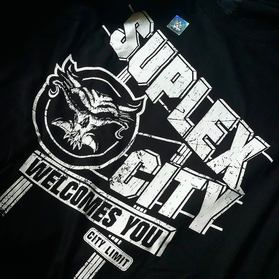 The All New Brock Lesnar Suplex City Welcomes You Tshirt Straight From Shop Wwe Com Travel Travelpho Brock Lesnar Wwe Brock Lesnar Brock Lesnar Wallpapers