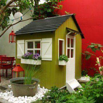 Une cabane pour enfant au style nordique cabane en bois pour enfants caban - Cabane en plastique pour enfant ...