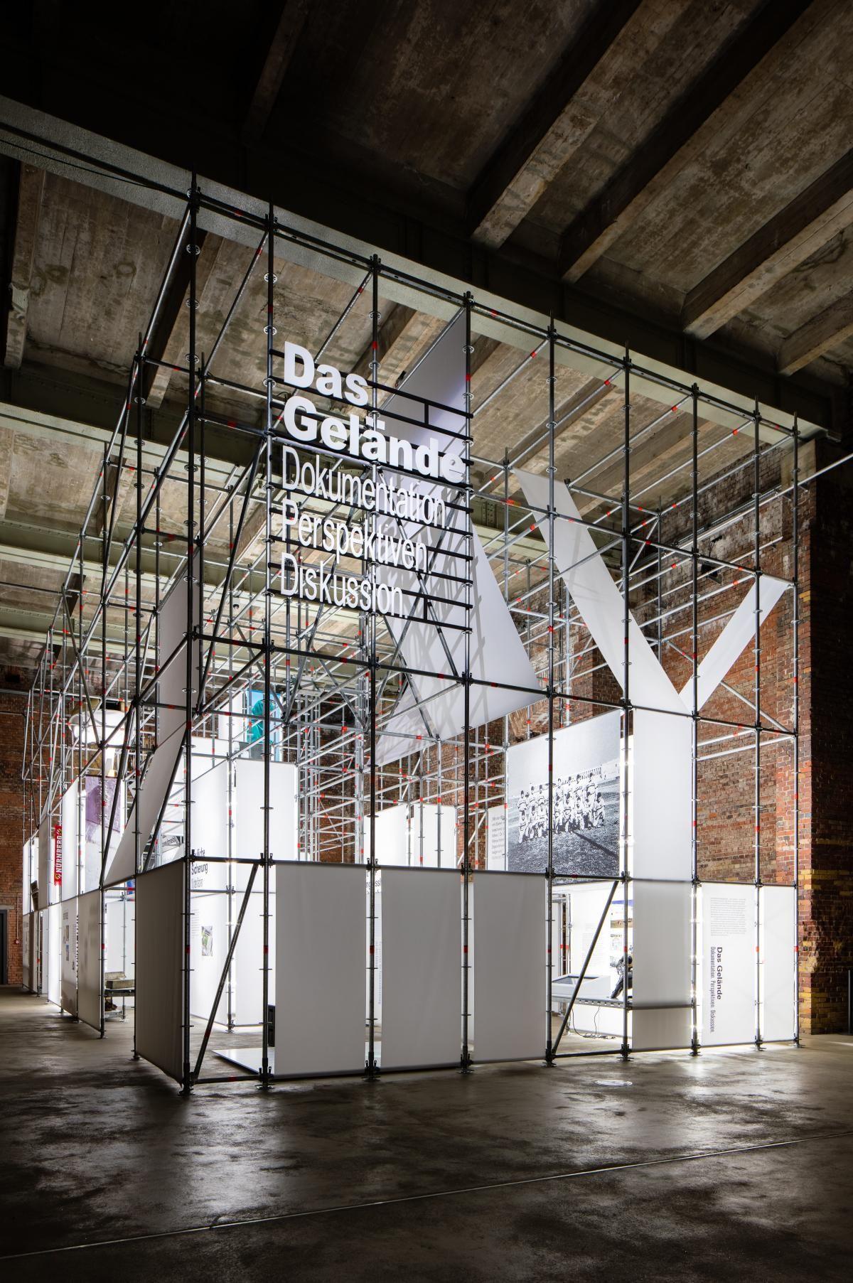 The area holzer kobler architekturen exhibition for Innenraumdesign studium