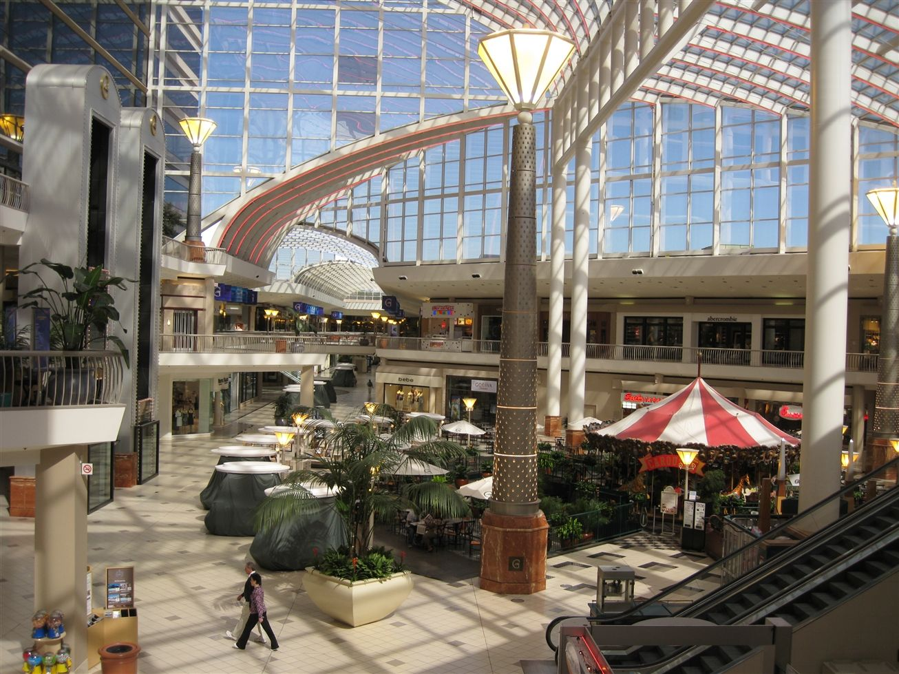 Riverchase Galleria Birmingham Hoover Al The Glasstop Roof Is The