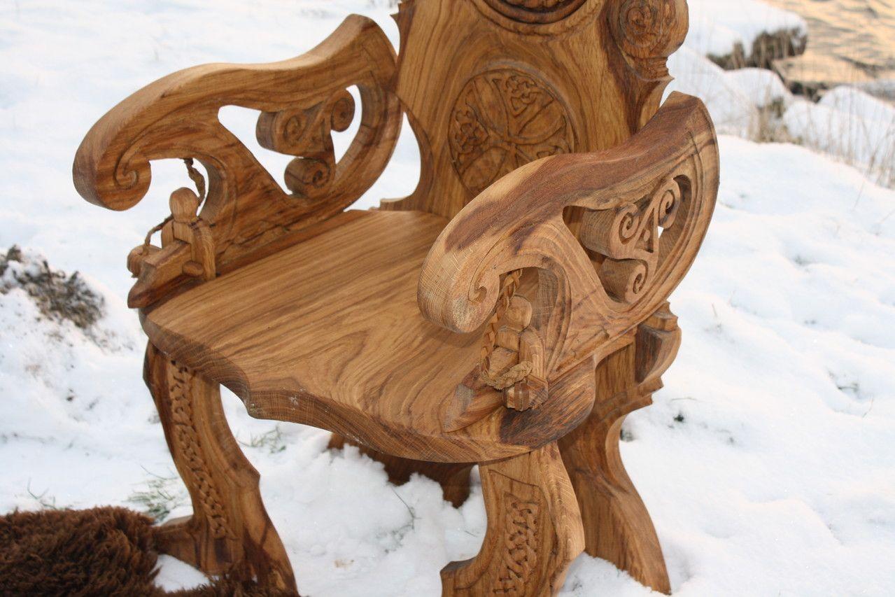 viking carving wikinger schnitzerei und m bel mittelalter m bel pinterest. Black Bedroom Furniture Sets. Home Design Ideas