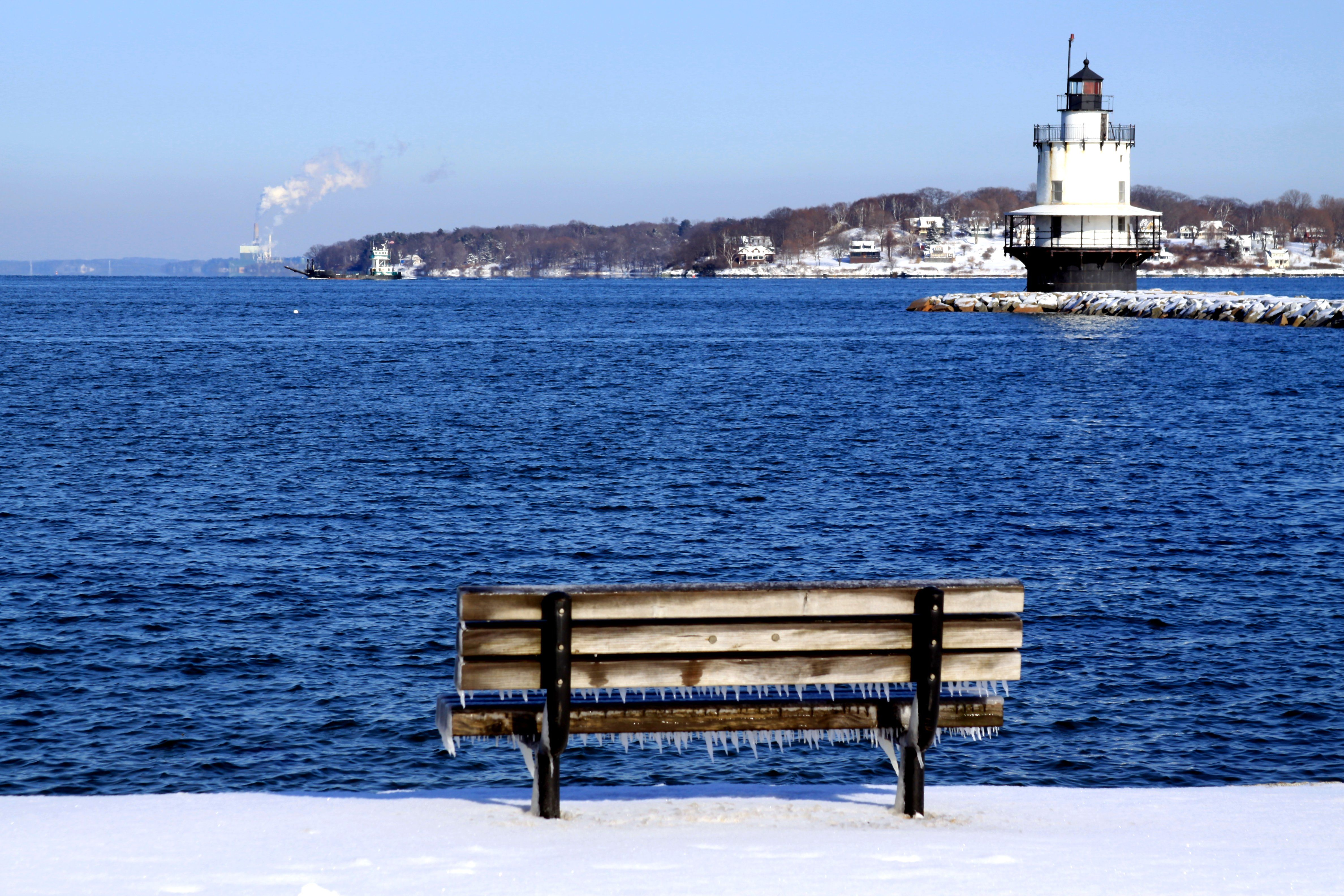 Miraculous New England Lighthouses In Winter New England New Download Free Architecture Designs Scobabritishbridgeorg