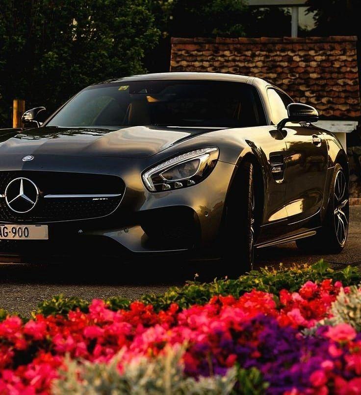 Benz AMG GT S . . . . . . .  Mercedes Benz AMG GT S . . . . . . .    Alligator Leather Car Key Hold