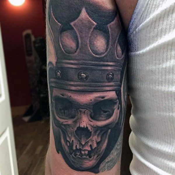 c143efa8c 100 Crown Tattoos For Men - Kingly Design Ideas. Skull With Rusty Crown  Tattoo On Biceps For Men