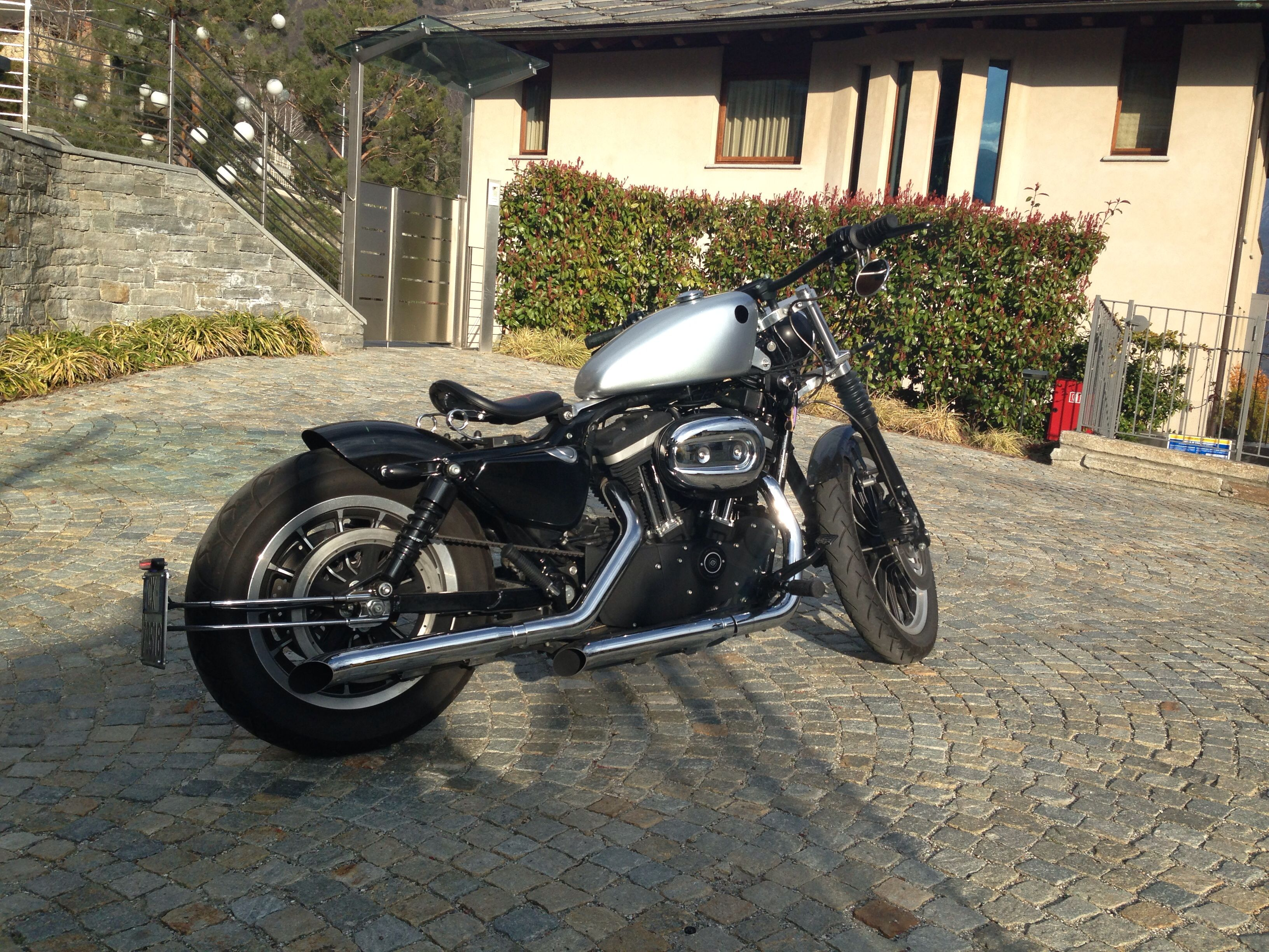 Harley davidson 883 sportster  Pinned this 883 to show cut
