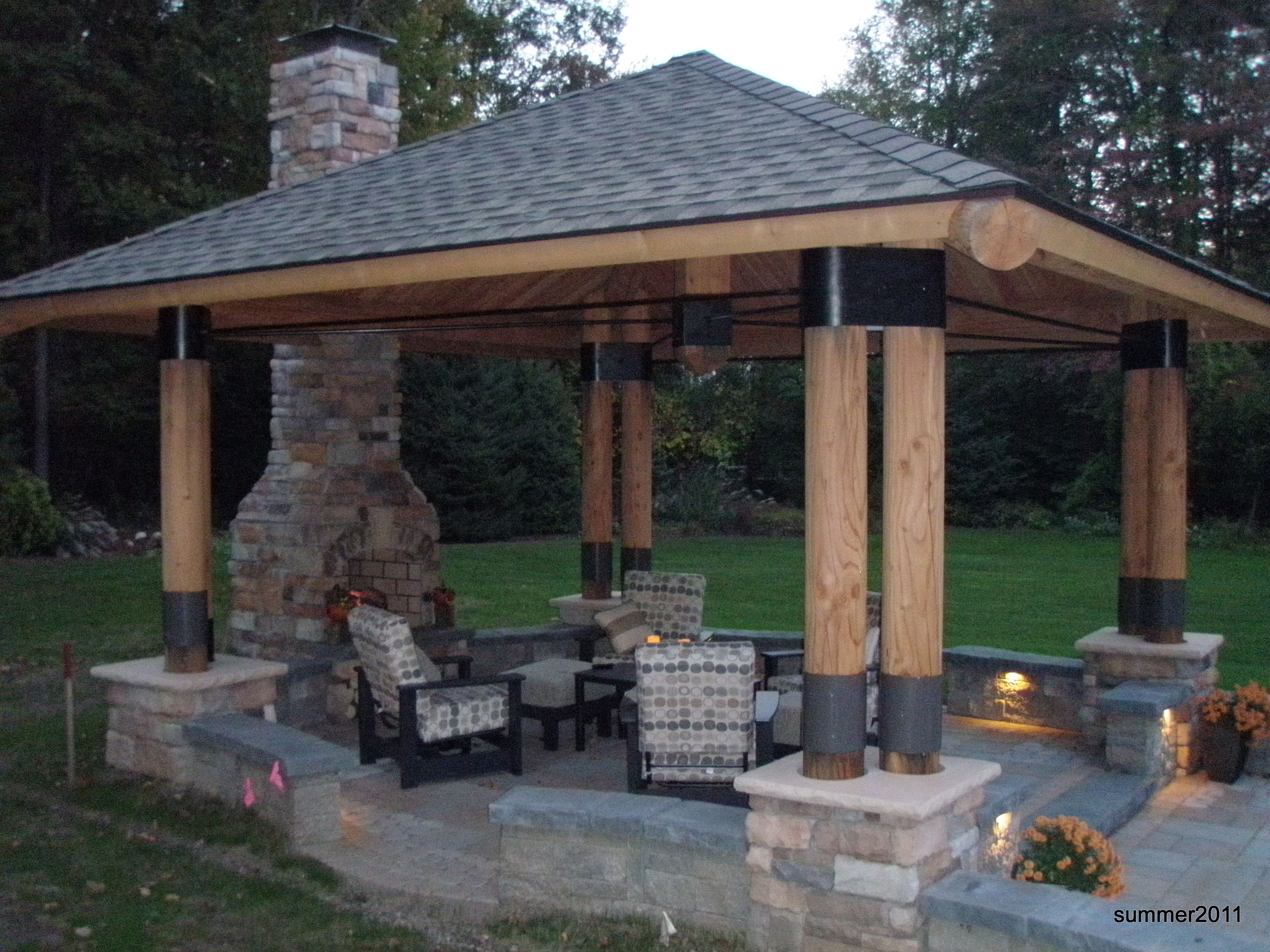 outdoor entertaining structures