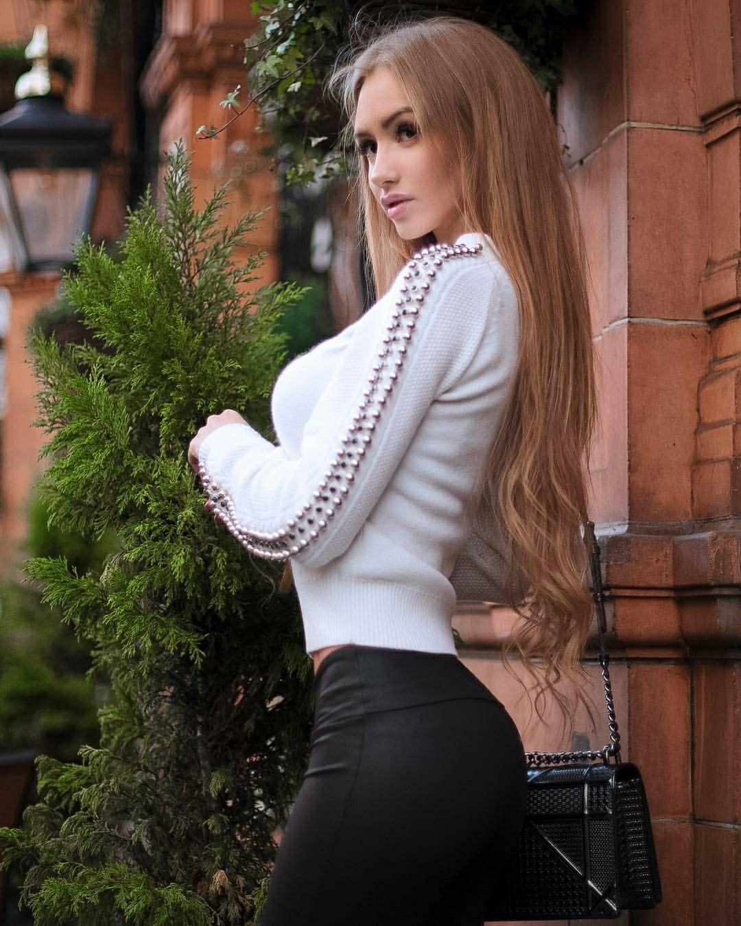 Valentina Vixen Nude Photos 52