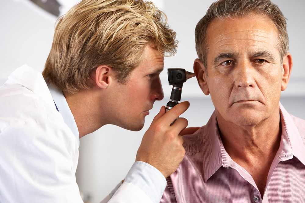 Audiologist With Aged People