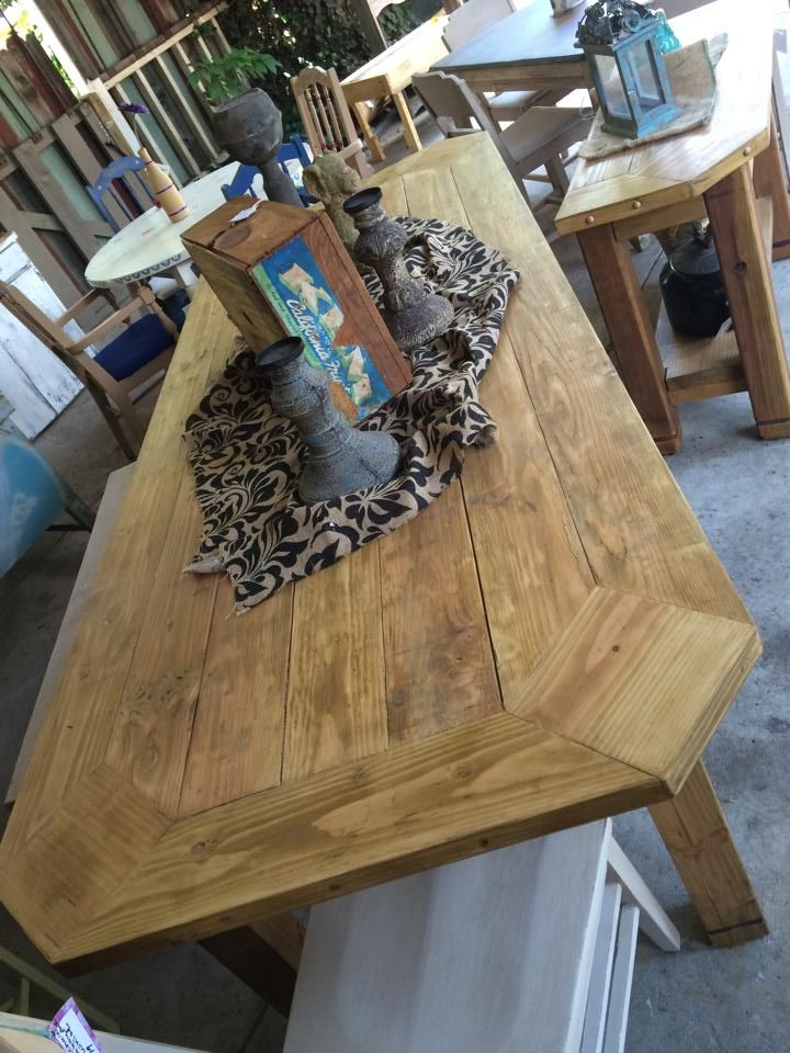 This Corner Farm Table Was Designed And Made By Staggering Bear For Bucket Of Nails Farm Table Table Farmhouse Table