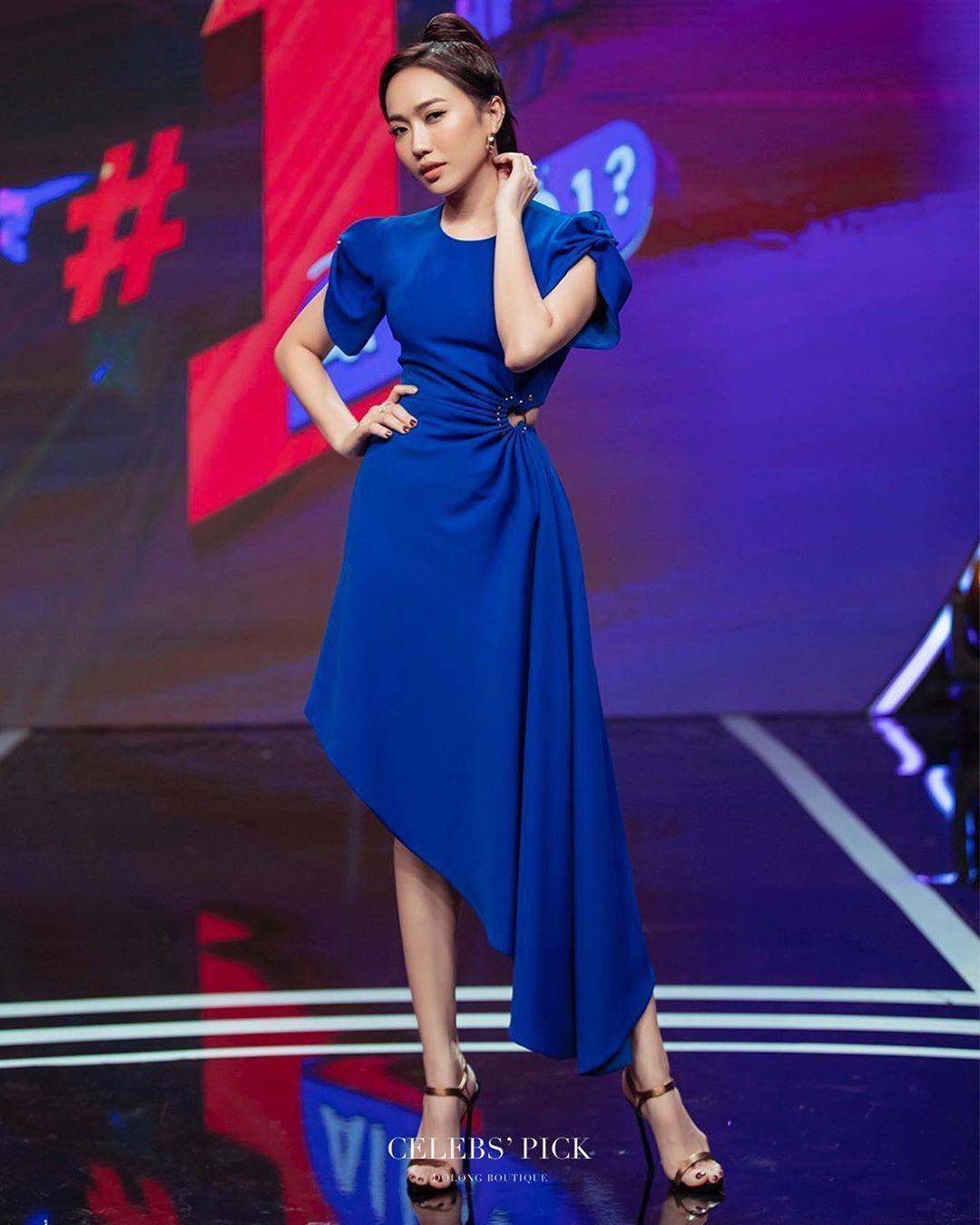 @dieu_nhiii  in our blue cobalt dress  @dieu_nhiii  in our blue cobalt dress #cobaltdress