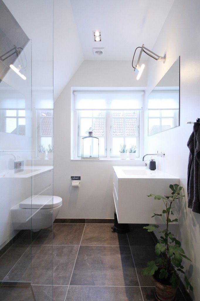 Interessant til et lille badeværelse med skråvægge. små ...