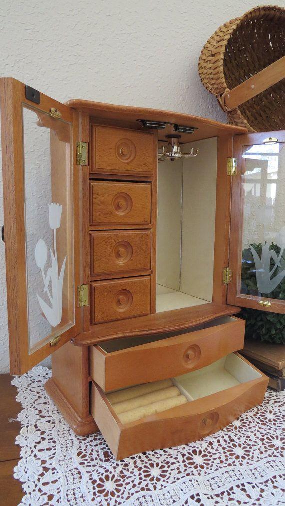 Large oak wood jewelry box girls jewelry box with music box large oak wood jewelry box girls jewelry box with music box wooden jewelry box solutioingenieria Choice Image