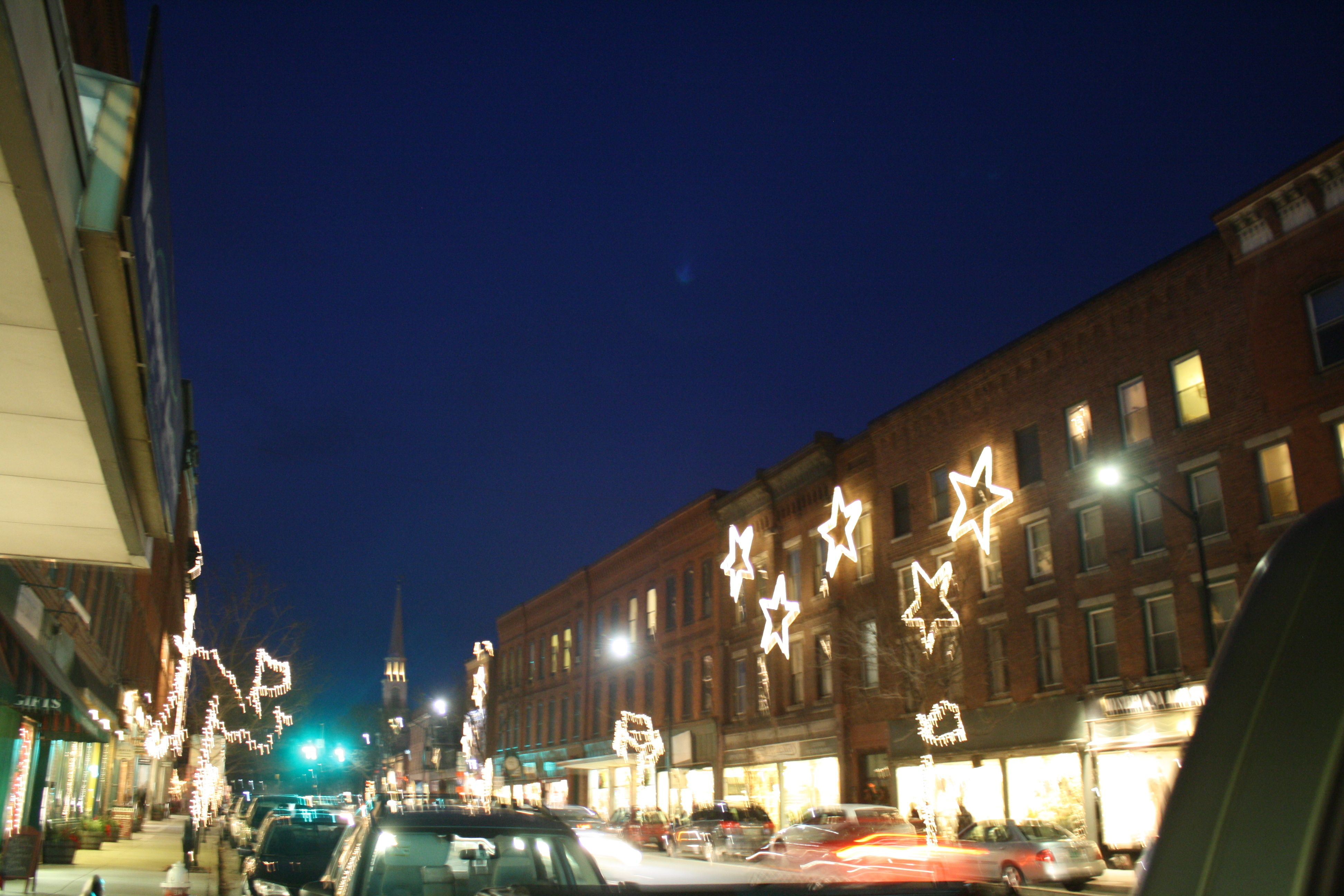 File:Main Street, Brattleboro, Vt (NYPL b12647398-67922