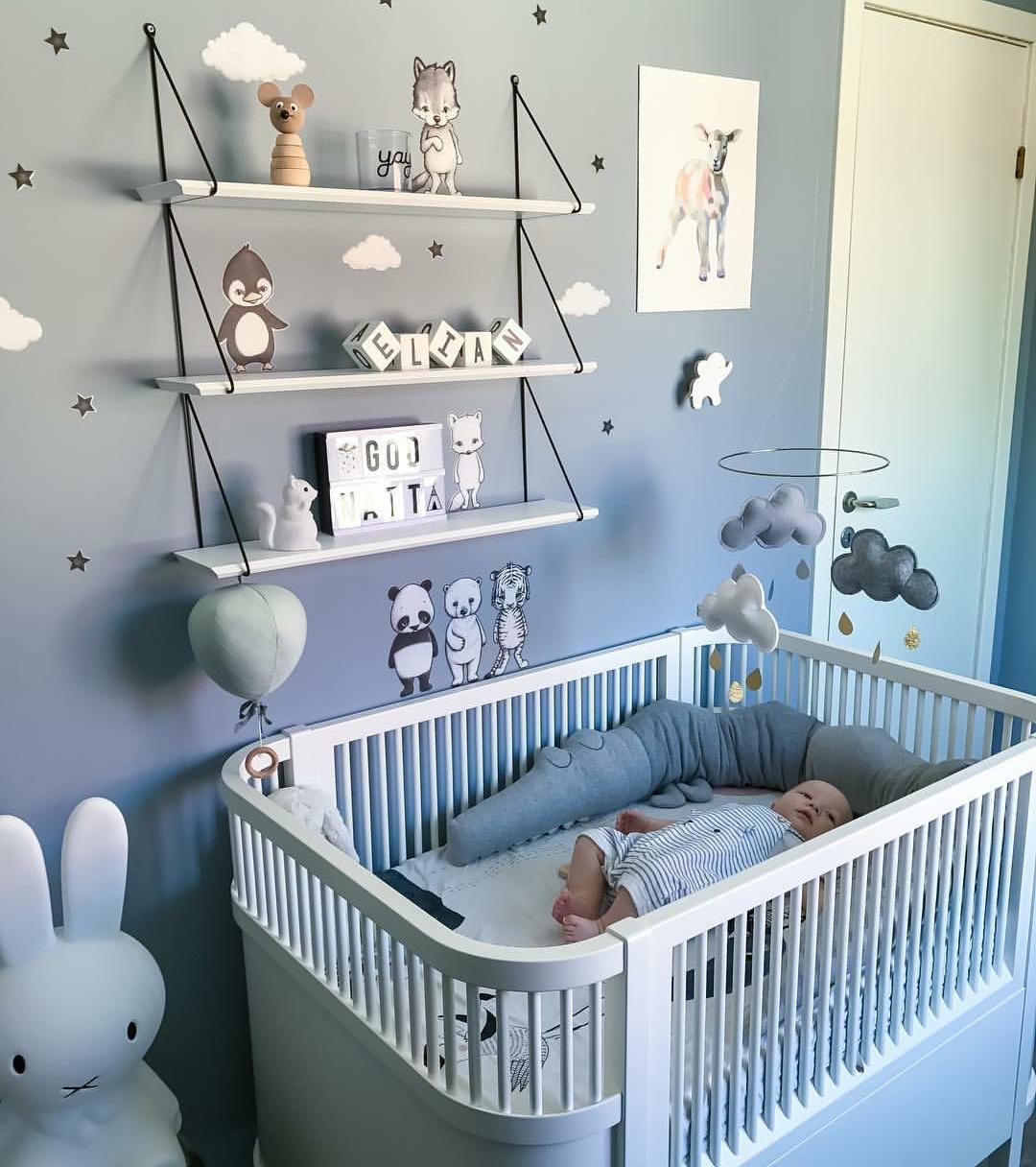 Épinglé sur Chambre bébé