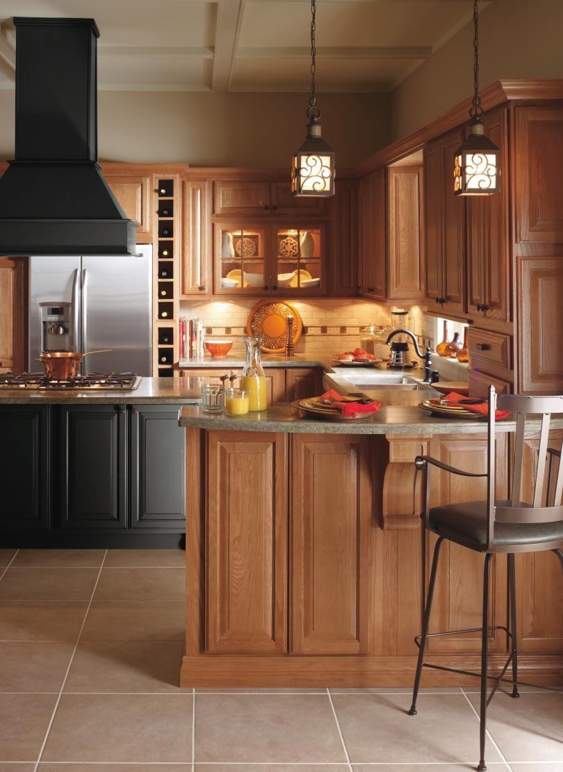 Pin By Amparo Nunez On House Upgrade Kitchen Tile Backsplash With Oak Kitchen Flooring Oak Cabinets