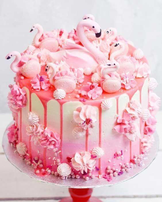 Photo of Top Cake Decorating Trends 2019 – Queen Fine Foods #rainbowcake #multicolorcake