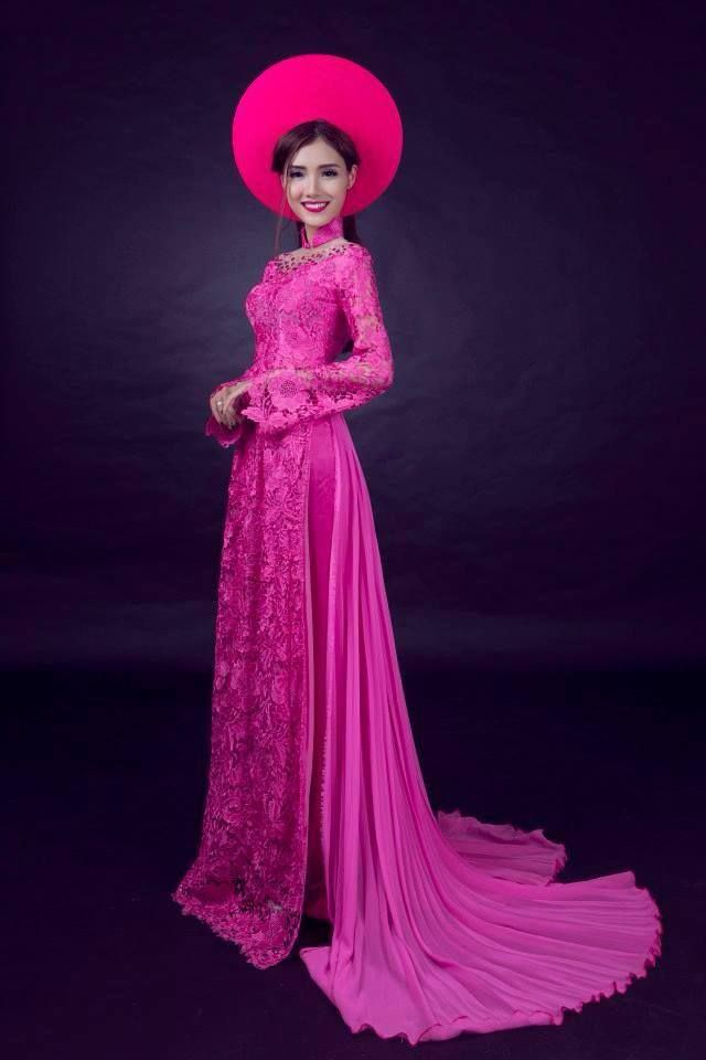 Ao Dai Traditional Vietnamese Wedding Ao dai lace ren in pink ...