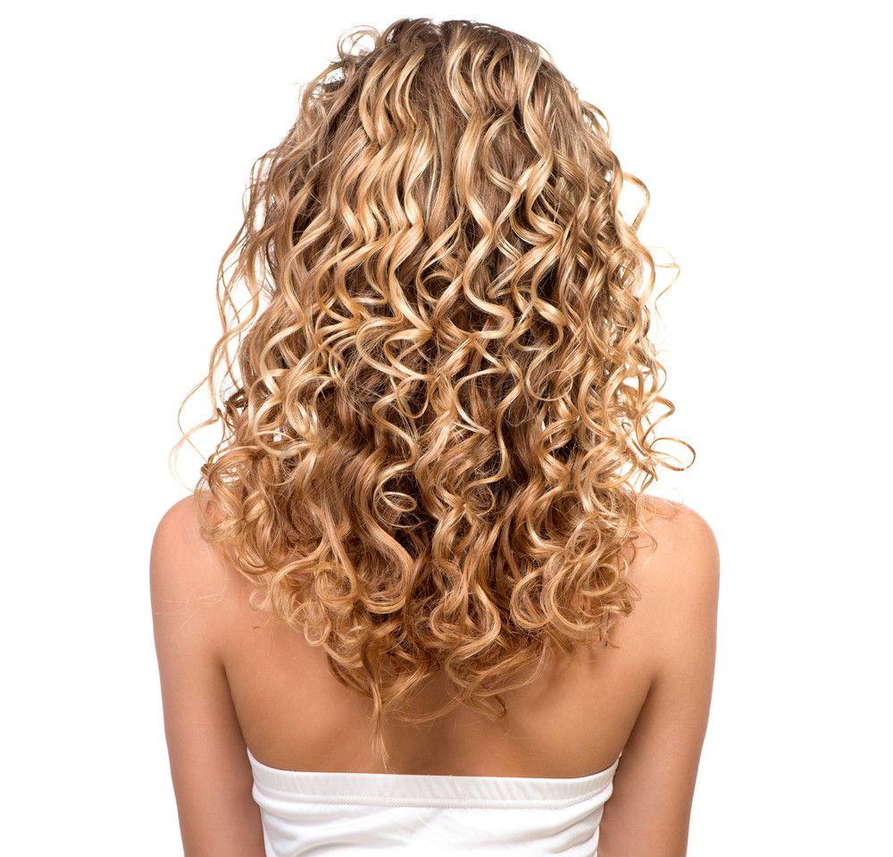 Ratgeber Dauerwelle Frisuren Magazin Dauerwelle Frisuren Mit Dauerwelle Frisuren Kurze Haare Naturlocken