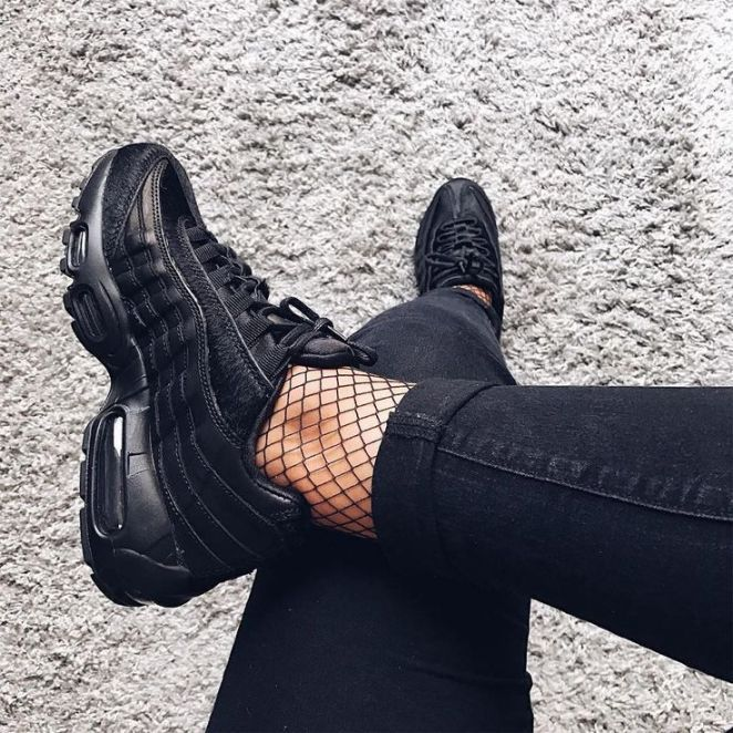 8c6b4da93a0d02 Tendance Basket 2017 Sneakers women Nike Air Max 95 premium black  (mytrendylifestyle)