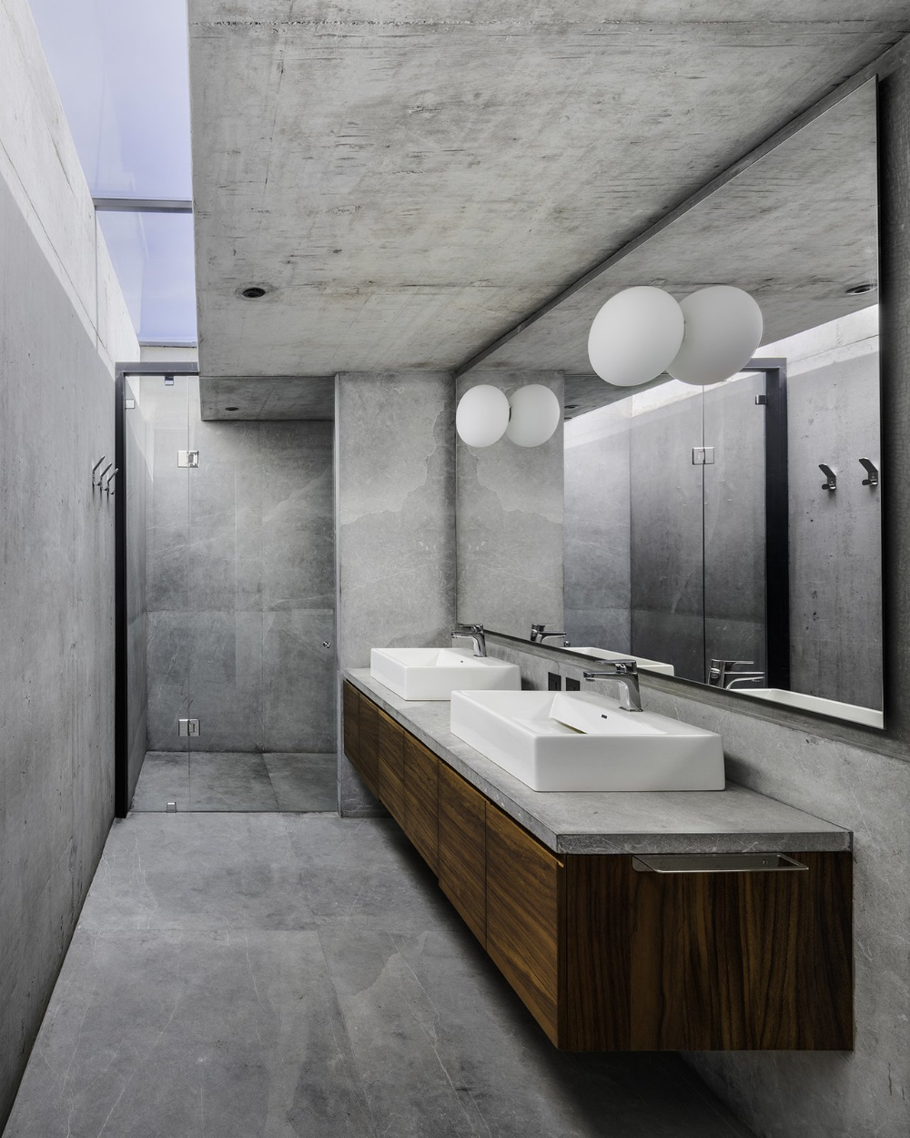 Photo 24 of 2415 in Best Bath Photos from A Monolithic, Concrete ...