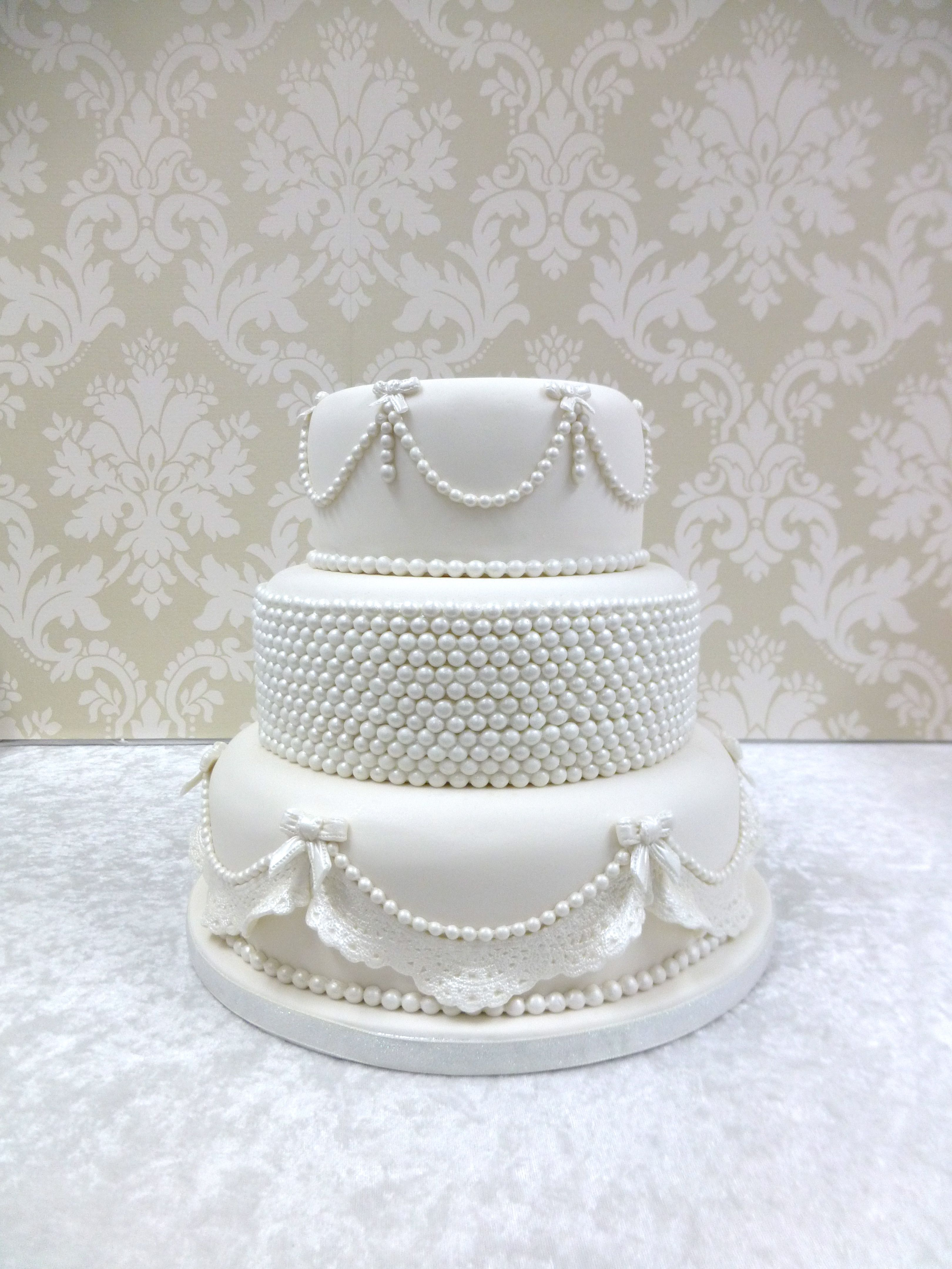Vintage Pearl and Lace Wedding Cakes