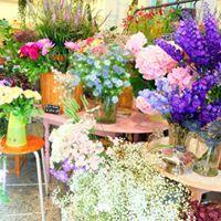 Flowers by La Frénésie Vintage Flower Shop Bruxelles