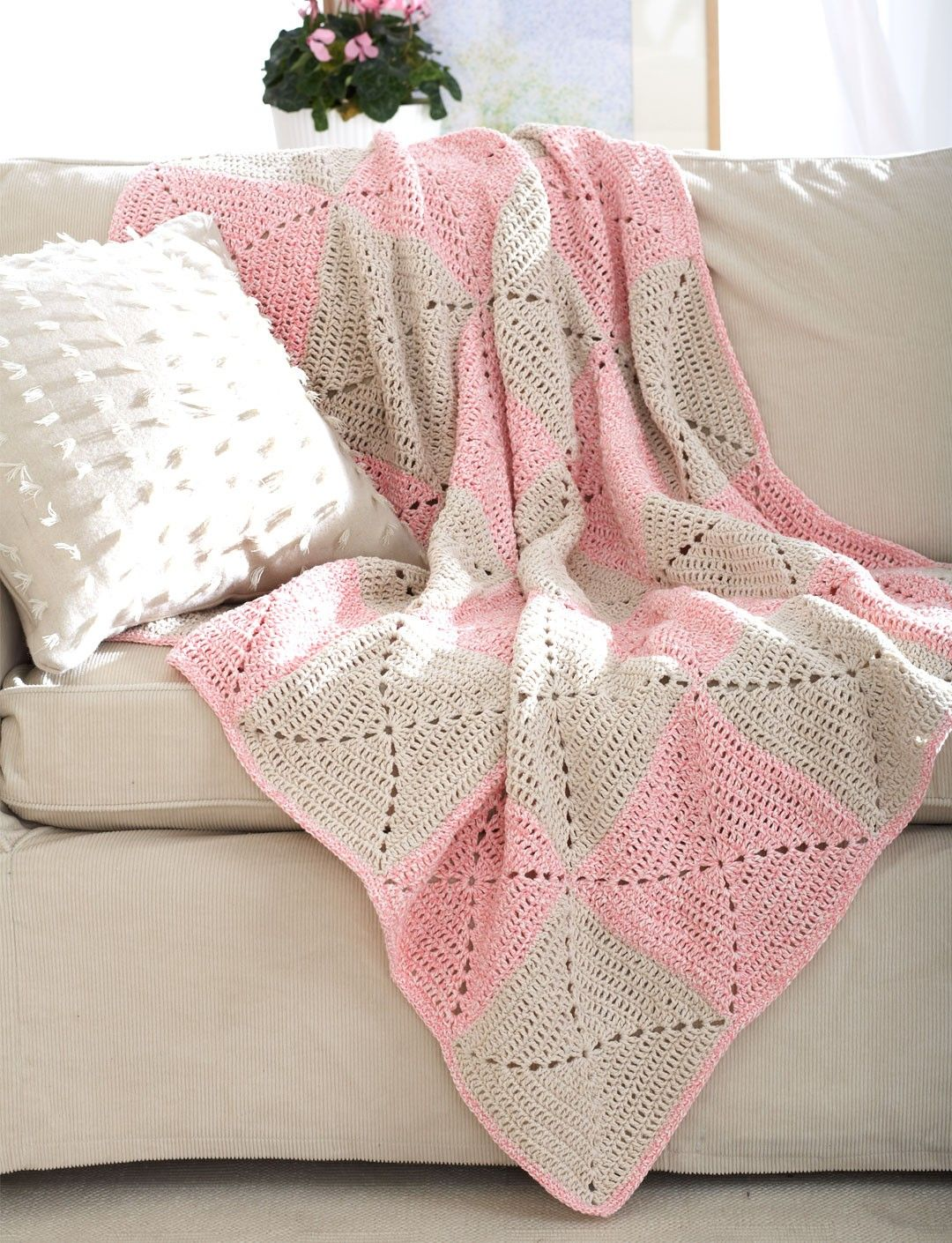 Yarnspirations.com - Bernat Blanket - Patterns | Yarnspirations ...