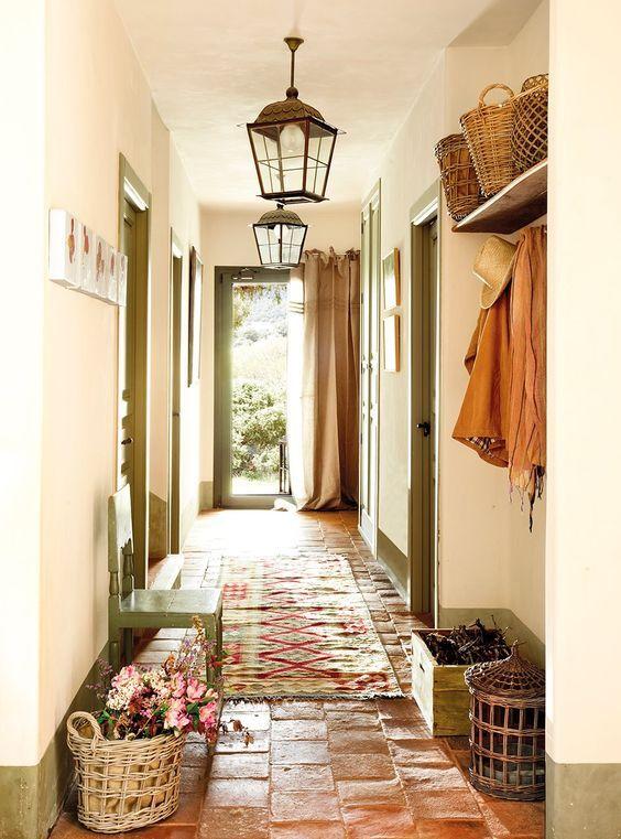 Pies a todo ritmo con nuestras alfombras pasilleras en la - Decoracion de casas de pueblo ...