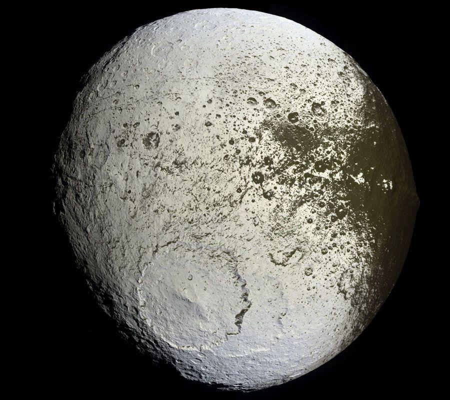 Saturn's Iapetus: Painted Moon