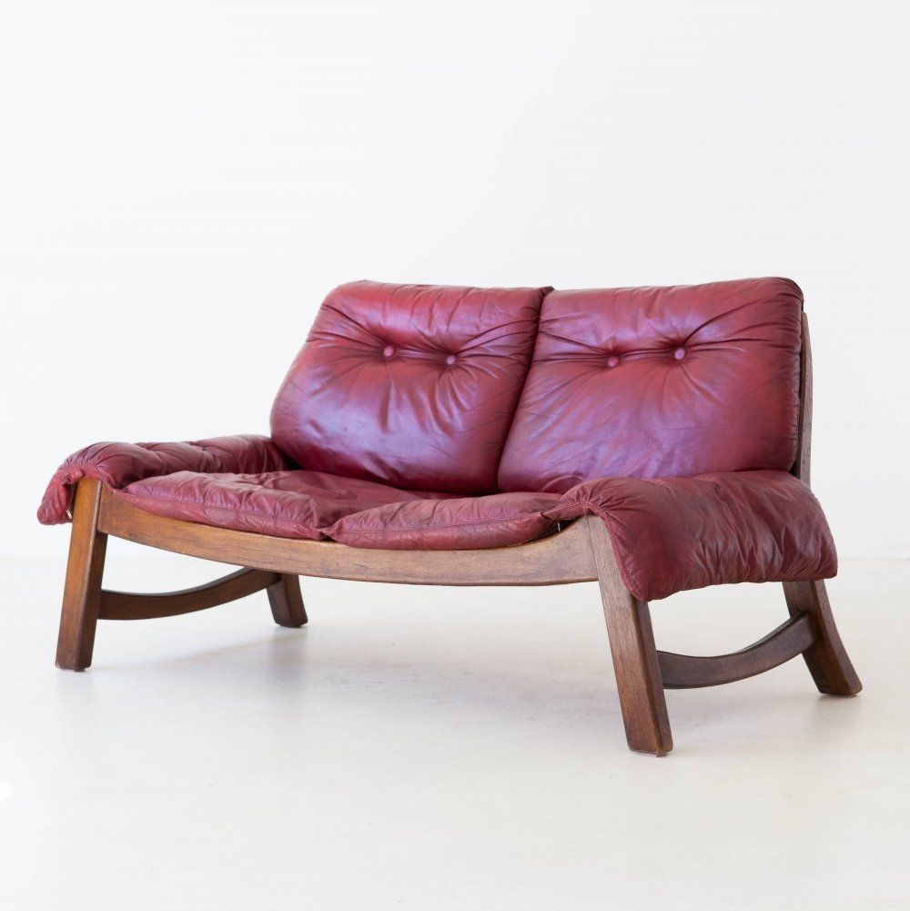 For Sale Italian Bordeaux Leather Sofa With Wooden Frame 1960s Leather Sofa Sofa Wooden Frames