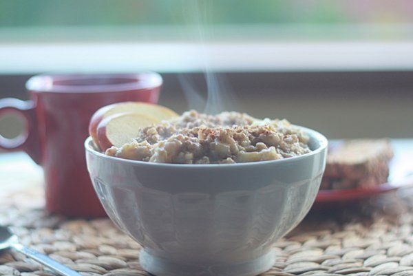 TRIED: DELICIOUS- Creamy apple cinnamon steel cut oatmeal  (make a big batch ahead of time and store in Mason jars in the fridge for a week of breakfasts ready to go)
