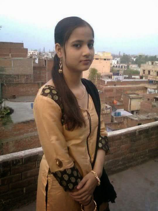 Pakistani Teenage Villages Girls Looking Nice Hd Photos -6710