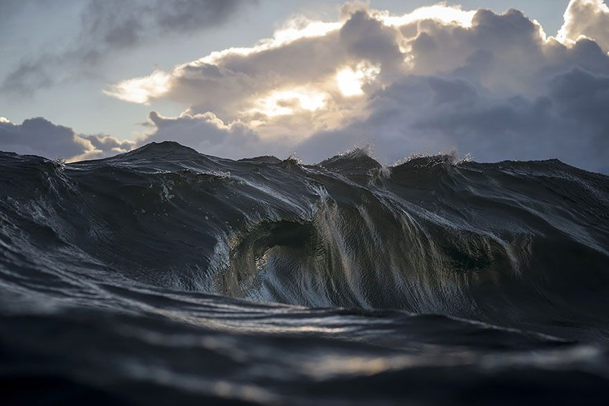 Mountains Of The Sea: Photographer Ray Collins 'Freezes' Waves To Make Them Look Like Mountains | Bored Panda