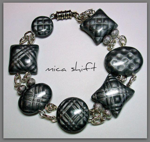 Mica Shift Plaid Bracelet