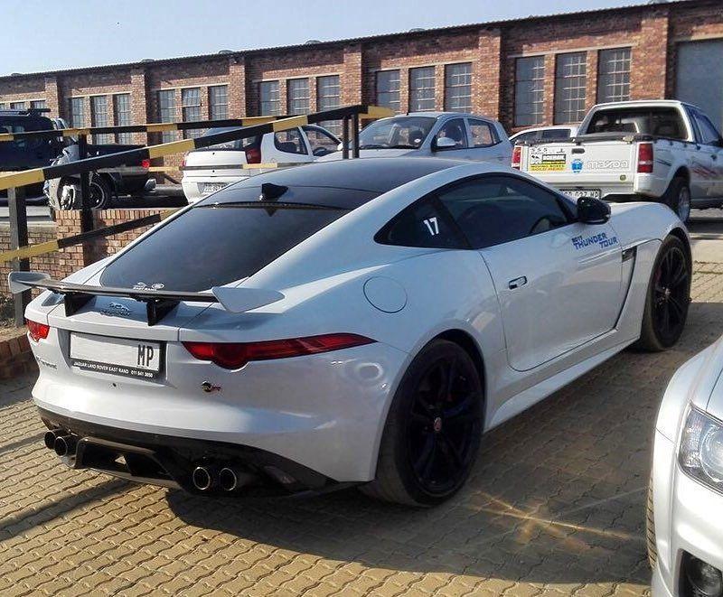 Still Want To Drive The Svr Soooo Badly Via Quinton Bez Exoticspotsa Zero2turbo Southafrica Jaguar Ftype Svr Sports Cars Luxury Jaguar F Type Gt Cars
