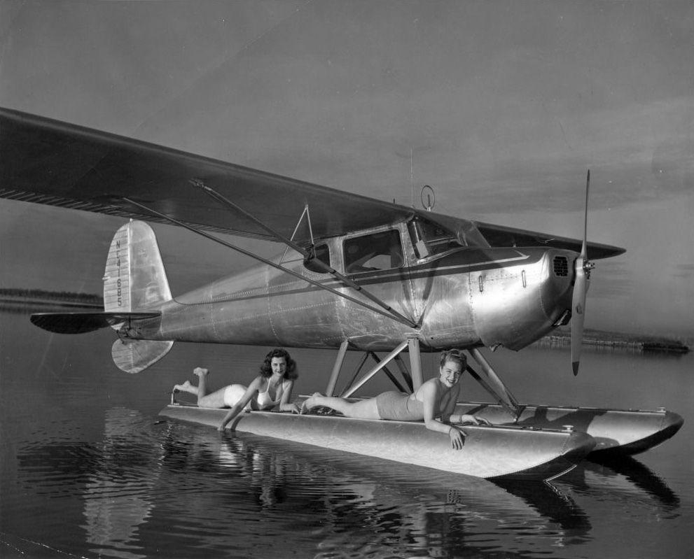 Cessna 140 on floats, circa 1946  | Black & White Pilot Art