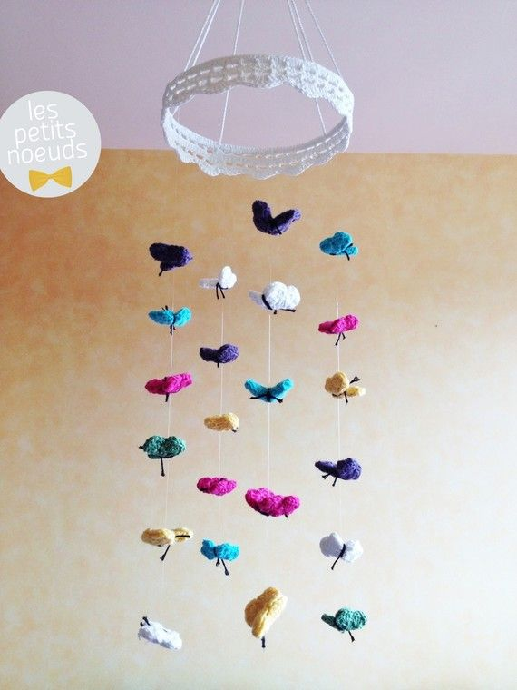 mobile b b petits papillons au crochet babycrochet pinterest crochet and tricot. Black Bedroom Furniture Sets. Home Design Ideas